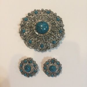 Vintage Large Brooch and Clip on Earings